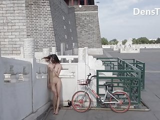 Chinese Girl Walk Nude Old Monument Public Street City