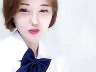 High Yan Yan, sexy beauty N days live role-playing, uniforms
