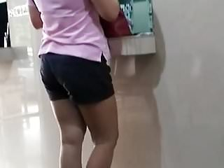 Nice Ass MILF Chi in Clinic
